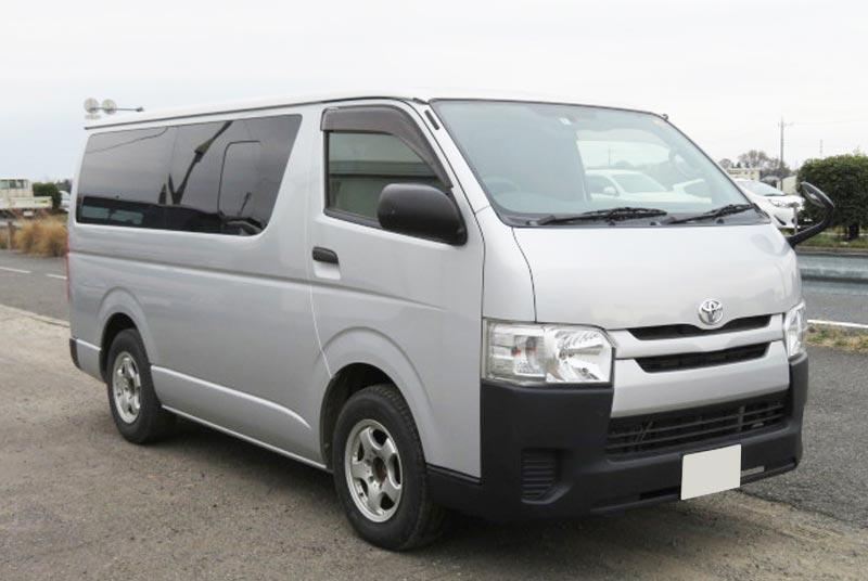 2015 Toyota / Regius Stock No. 1005